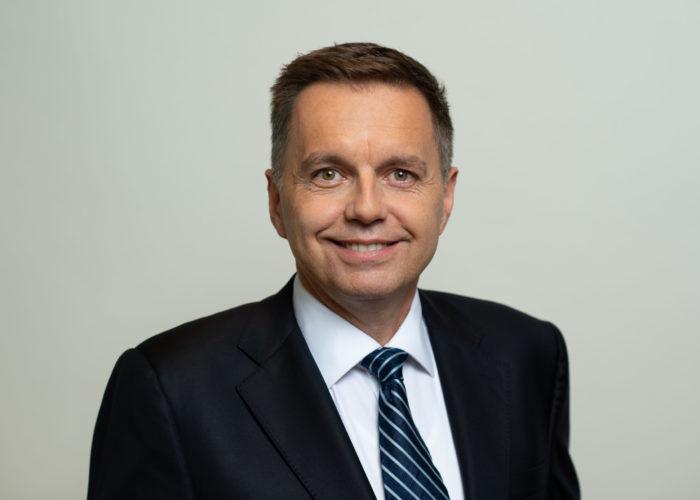 Peter Kažimír: O peniazoch chceme hovoriť