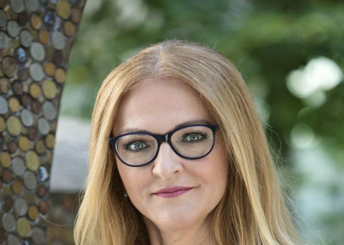 Júlia Čillíková: Ľuďom chceme zložité veci vysvetliť jednoducho, aby mali cenné rady vždy poruke