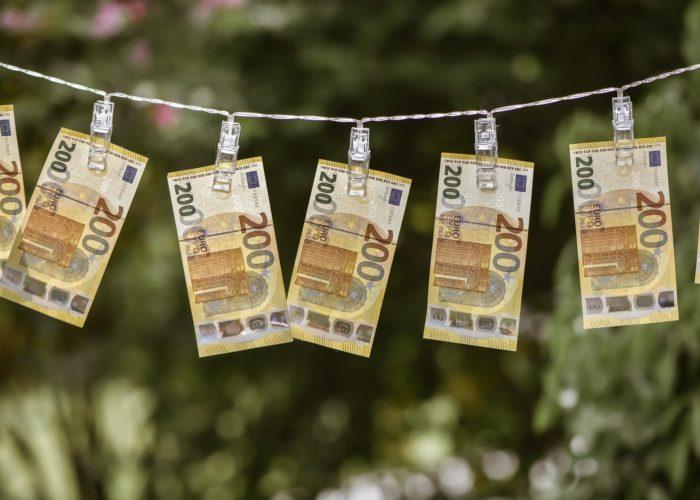 Čo mám urobiť s poškodenými peniazmi?